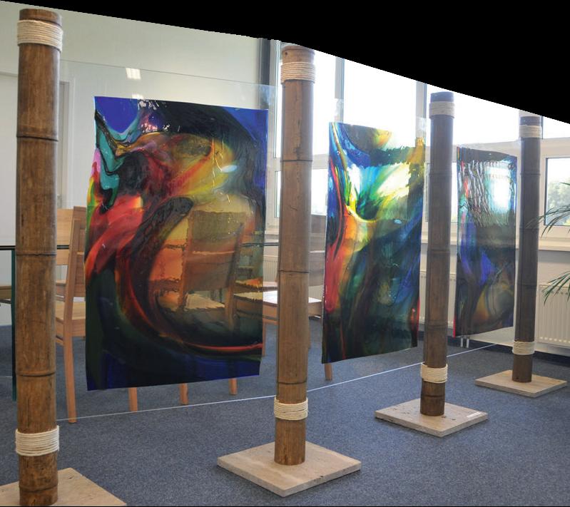 Glas & Meer – Gundula Menking, Raumteiler aus Glas und Bambus, Glaskunst Ausstellung, Fa. Simon-Glas, Bückeburg; Projekt mit der Glashütte Lambertz/Waldsassen